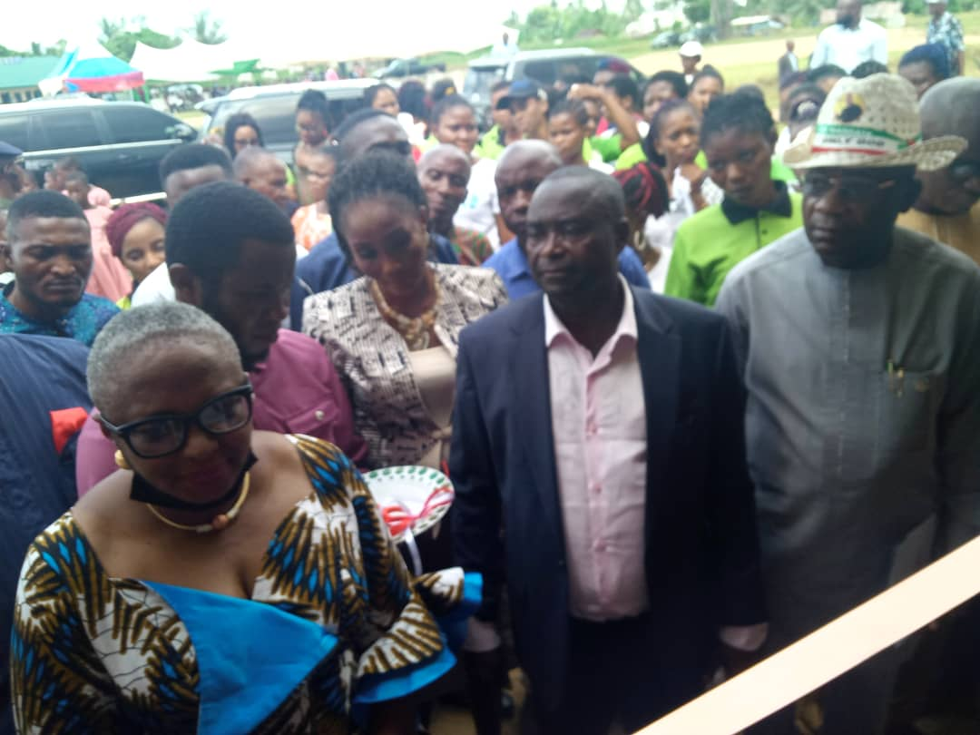 GOVERNOR UDOM INAUGURATES IMDLCC PROJECTS IN UDUNG UKO-By Vivian Essiet