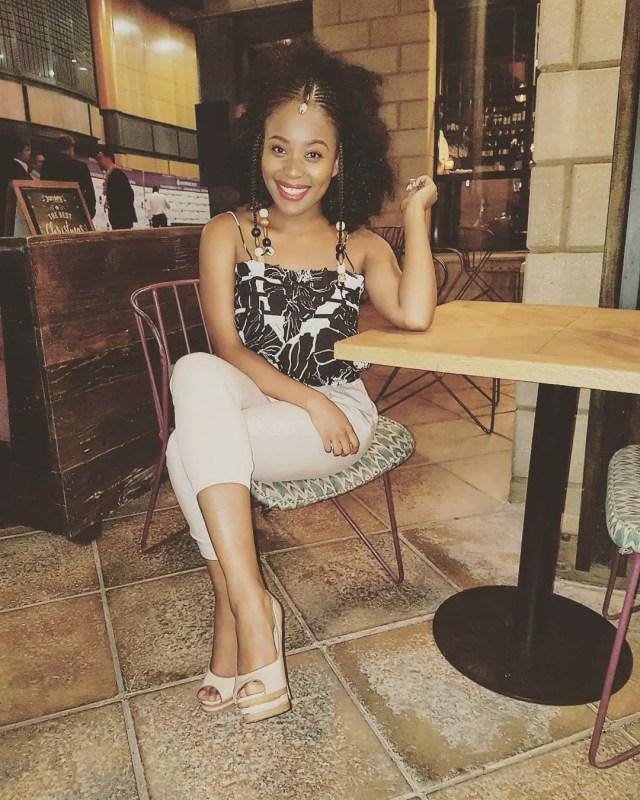 Stunning Pictures Of Sive Mabuya Aka Xolile Langa From Scandal