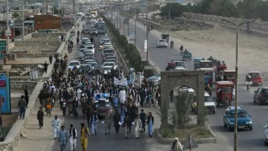 Photo of Hungry and blistered Afghans protestors walk hundreds of kilometres for peace