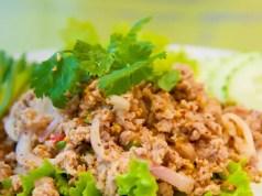 Spicy lemongrass chicken larb