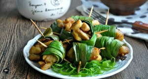 Chicken in pandan leaves