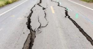 road crack earthquake