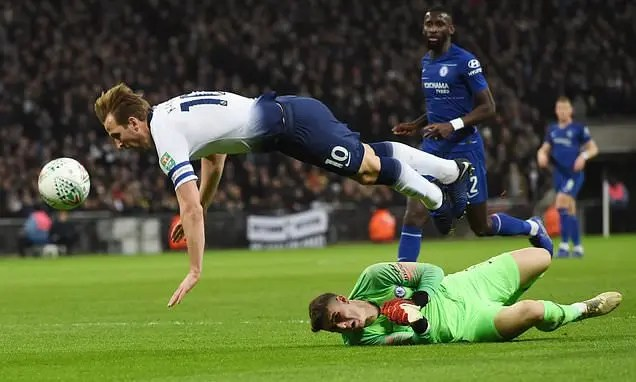League Cup semi-final between Tottenham Hotspur and Chelsea at Wembley