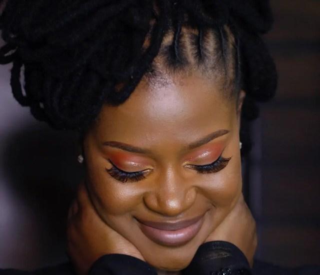 Zenande Mfenyana Hairstyles