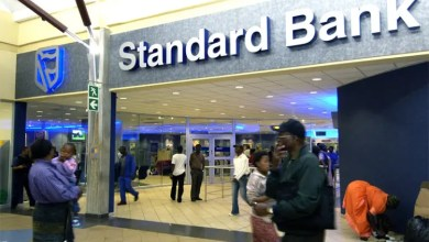 Photo of Standard Bank offers payment holiday to customers earning R7,500 or less