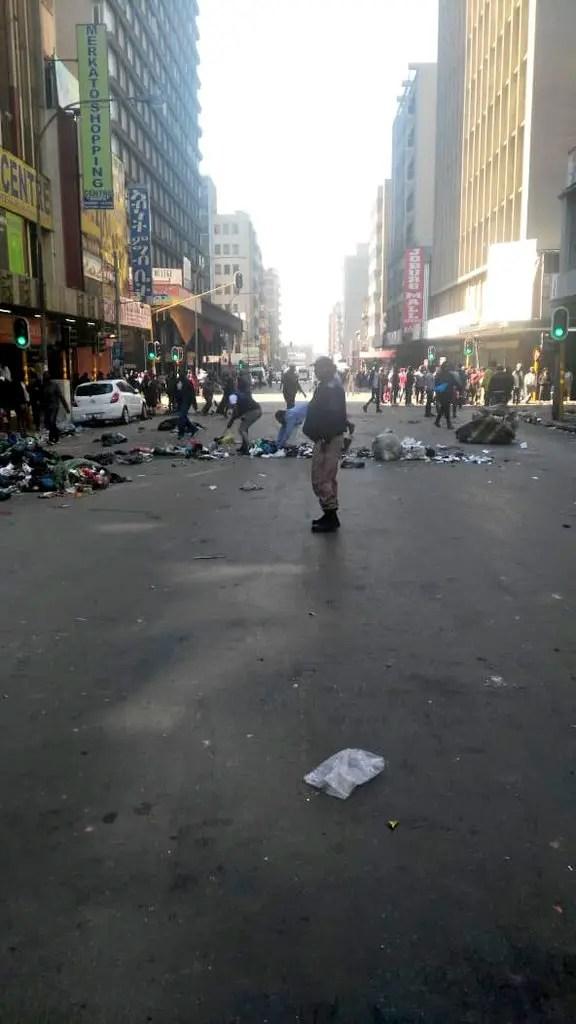 Chaos in Joburg CBD