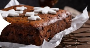 Ginger wine and whisky fruit cake
