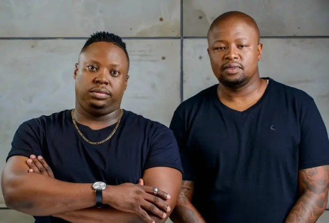 Sphectacula and Naves