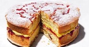 Raspberry and custard cake
