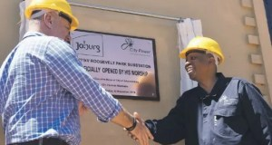 MMC for Environment and Infrastructure Services Nico de Jager and outgoing mayor of the City of Johannesburg Herman Mashaba unveil a plaque at the newly upgraded Roosevelt Park substation in Johannesburg