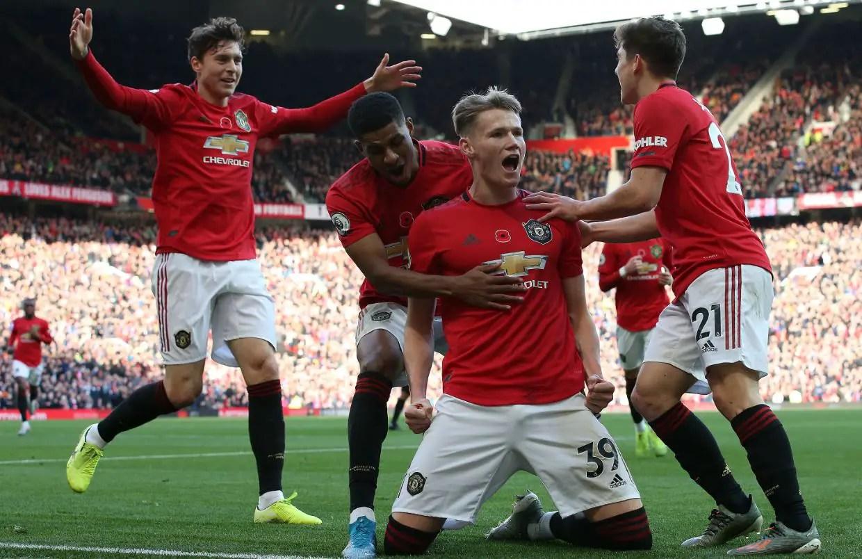 Manchester United 3 - 1 Brighton