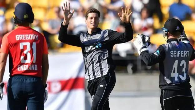 New Zealand beat England by 21 runs