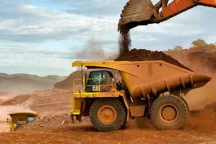 Ten gold miners killed