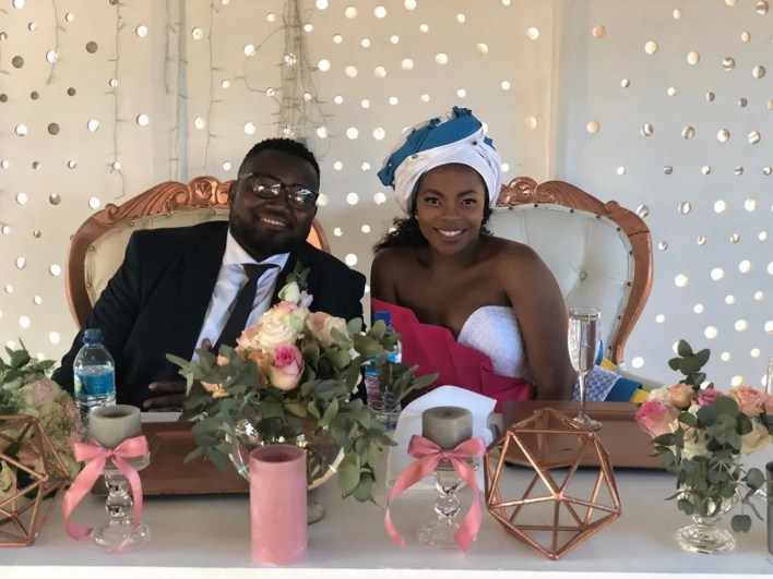 Dr Duda ties the knot