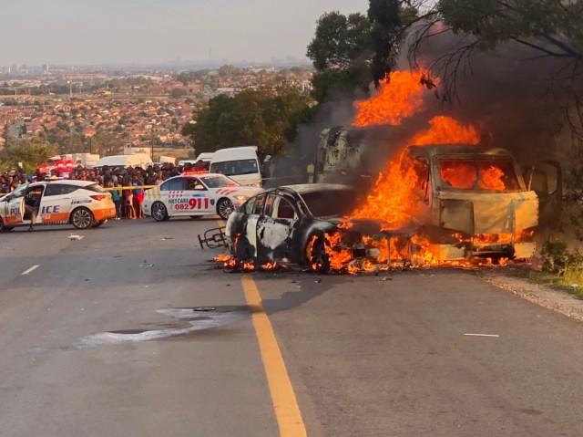 Cash in transit robbery Malibongwe Drive