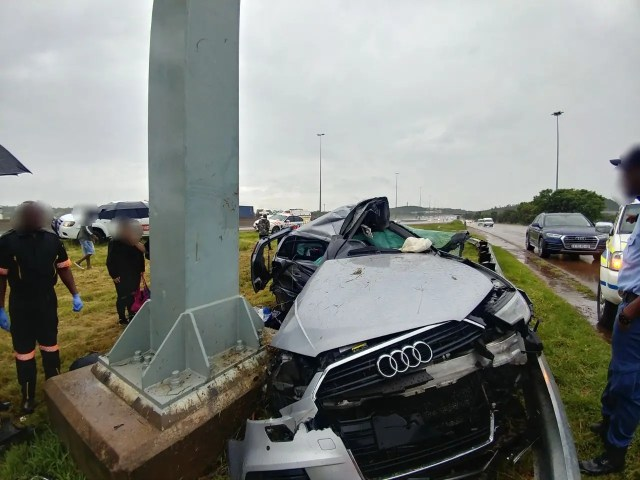 Woman dies in Pretoria rollover