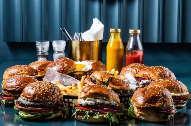 BunsOut Burgers