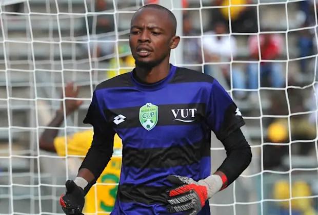 VUT goalkeeper Obakeng Naane1