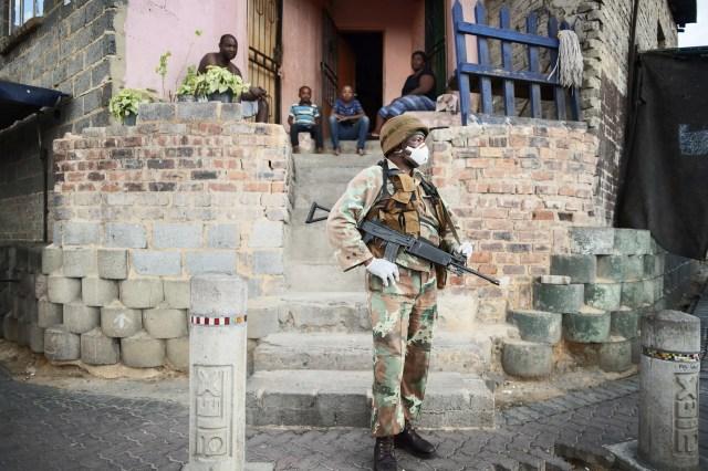 SANDF patrol during Lockdown