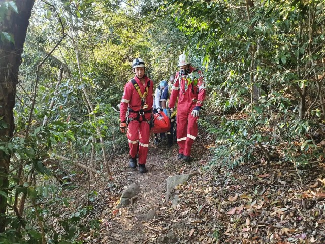 Woman airlifted to hospital after falling while hiking