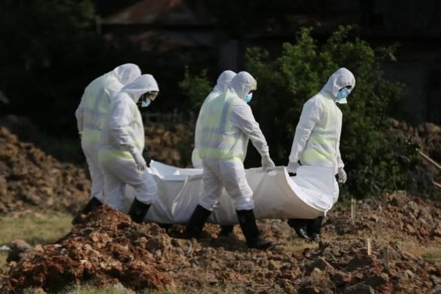 covid-19 dead people