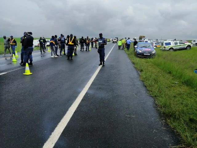 police road block traffic