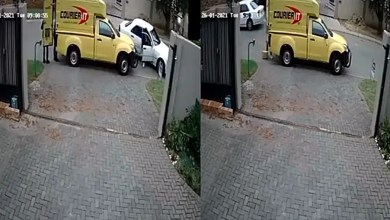 Courier van robbed in Midrand