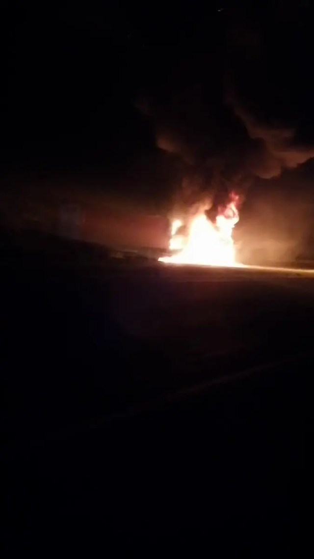Driver escapes unharmed after truck set alight on N2 in KZN