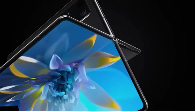 Mate X2 foldable smartphone