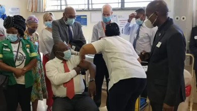 President Ramaphosa first to receive COVID-19 vaccine