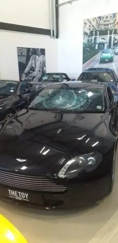 Suspects damage luxury vehicles at Cape Town dealership