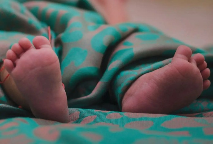 Woman sold her 5-day-old twins for R50 a day to sustain her drug habit