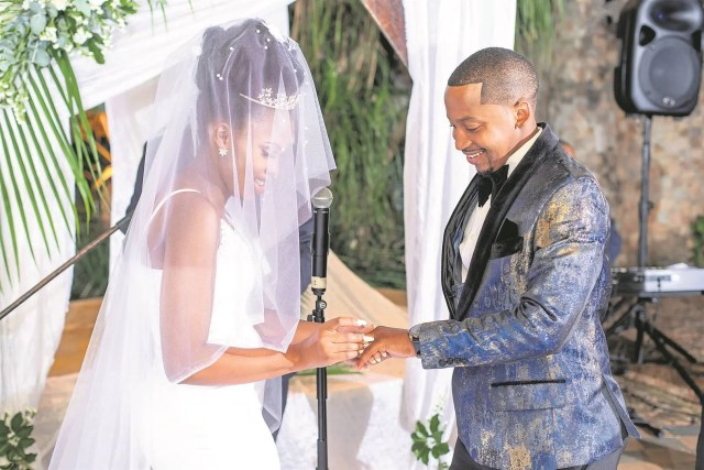 Music star Sands marries his girlfriend of 5 years, Nomawethu Dlamini in a beautiful wedding