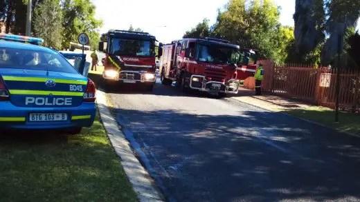 Woman and 2 dogs die in Brackenhurst fire