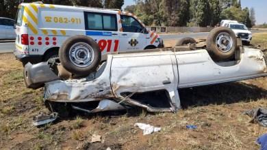 Two injured in bakkie rollover