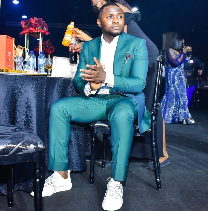 Ubi Franklin react after fans mock him for being used as a cameraman