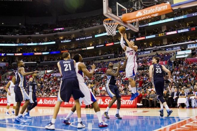 Blake Griffin attacks the basket against the Memphis Grizzlies at Staples Center. Photo Credit: Mac Alexander/News4usonline.com