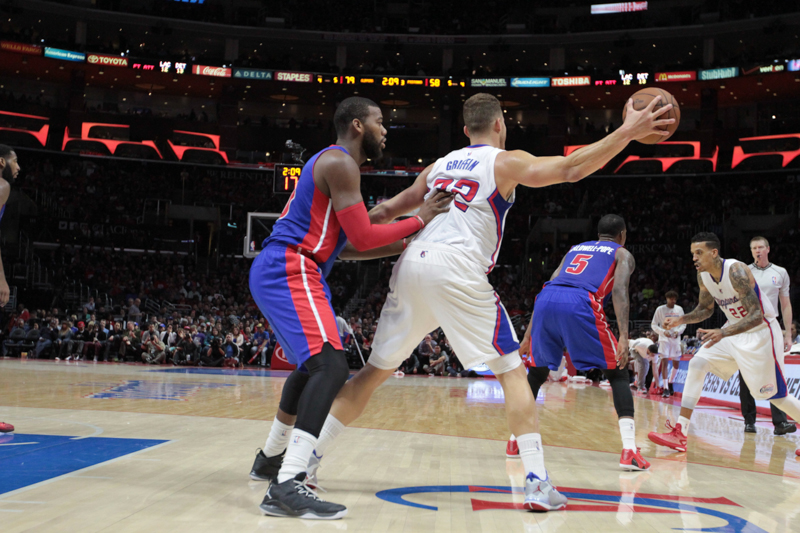 Blake Griffin looking to make a power move to the basket. Photo By Jevone Moore / News4usonline.com