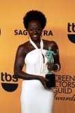 Actress Viola Davis is all smiles after winning a SAG Award in 2015. Photo by Dennis J. Freeman/News4usonline.com