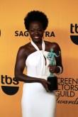 Actress Viola Davis is all smiles after winning a SAG Award in 2015. Photo by Dennis J. Freeman/News4usonline.com
