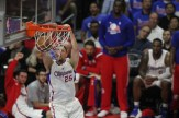 Blake Griffin with the power flush. Photo by Jevone Moore/News4usonline.com