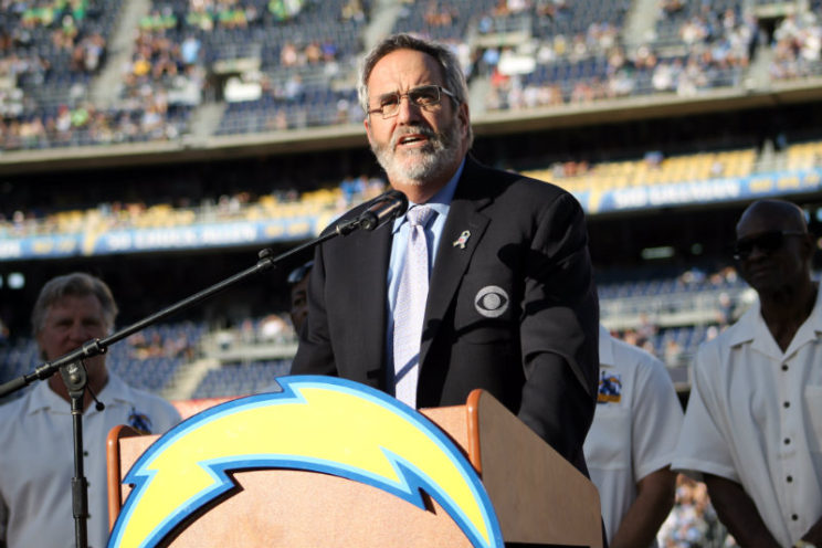 "NFL Hall of Fame quarterback Dan Fouts was a standout as a member of the San Diego Chargers in Don Coryell's ""Air Coryell"" offense. Photo by Dennis J. Freeman/News4usonline.com"