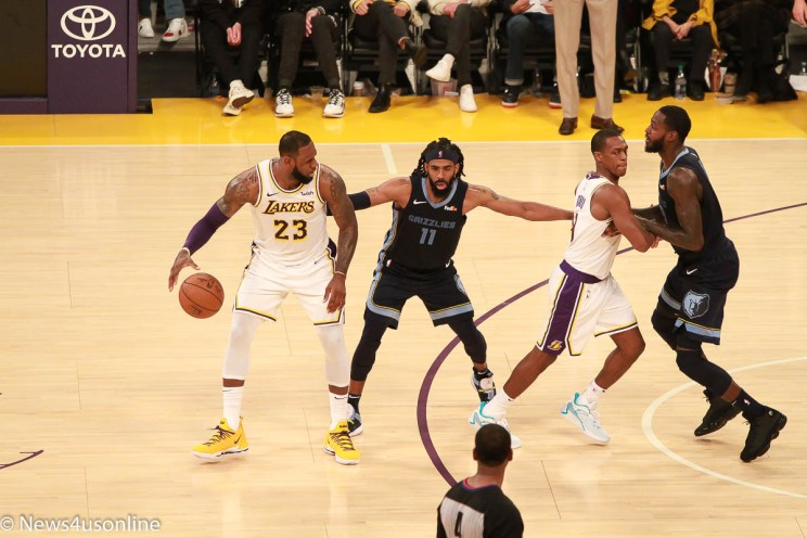 LeBron James and the Lakers battle Memphis Grizzlies