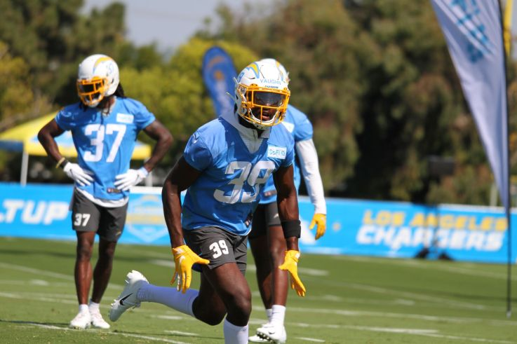 Donte Vaughn (39) working it out.