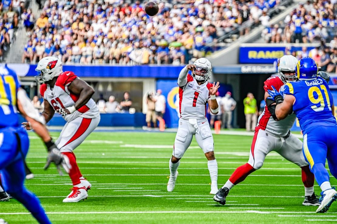 Arizona Cardinals defeat the Los Angeles Rams 37-20