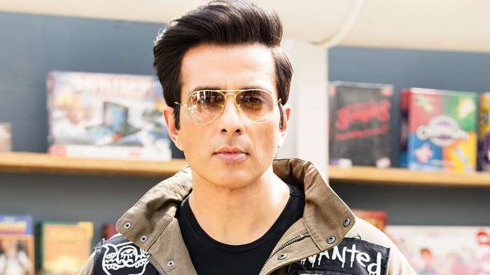 Sonu Sood on postponing NEET, JEE exams
