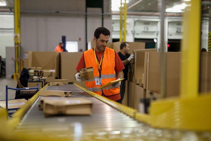 California OSHA fines Amazon for coronavirus safety violations