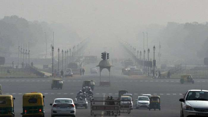 Delhi-NCR residents forced to inhale poison as AQI drops to 'very poor'