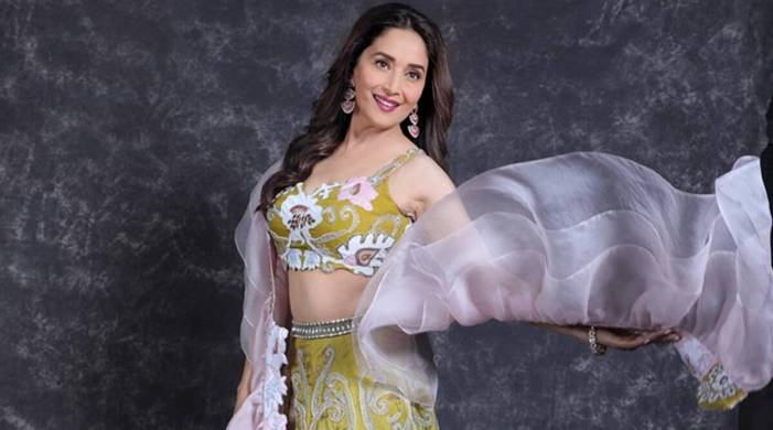 'Instead of fruit juices, opt for fruits': Madhuri Dixit Nene shares skincare tips