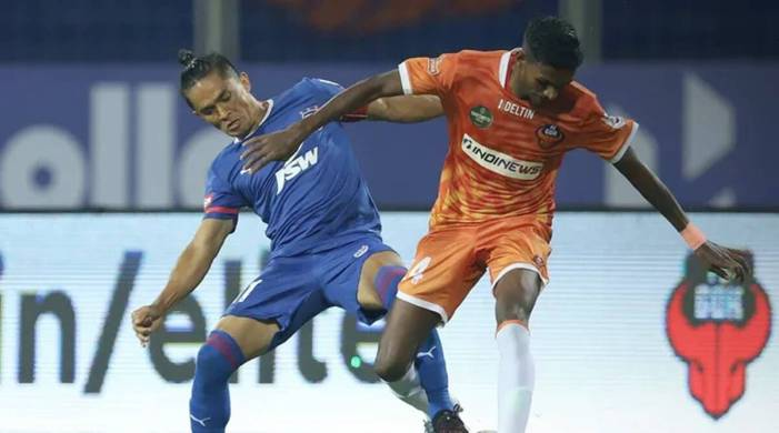 Igor Angulo's brace helps FC Goa hold Bengaluru FC to a draw